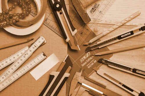 Varios tipos de cúter y cuchillas de precisión